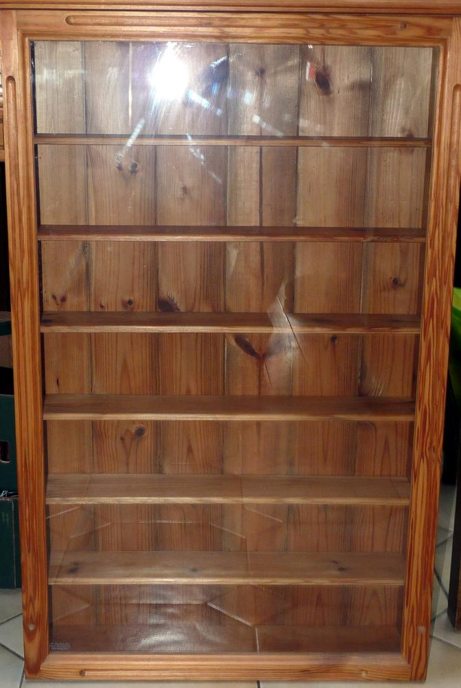 Mullock 39 s auctions display cabinet pine wood wall for Lots of pictures on wall