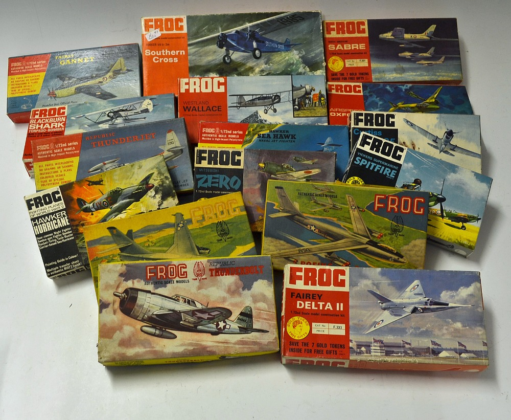 Mullock's Auctions - Selection of early Frog model aircraft