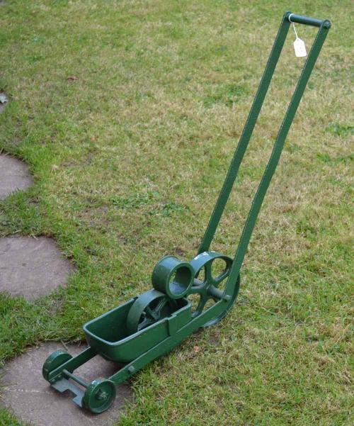 Mullock S Auctions 1950s Cast Iron Lawn Tennis White