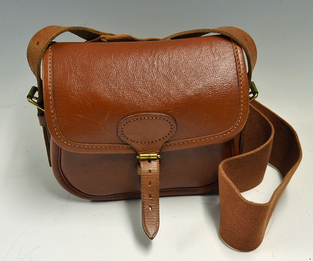 Mullock s Auctions - Brady leather cartridge bag for 50