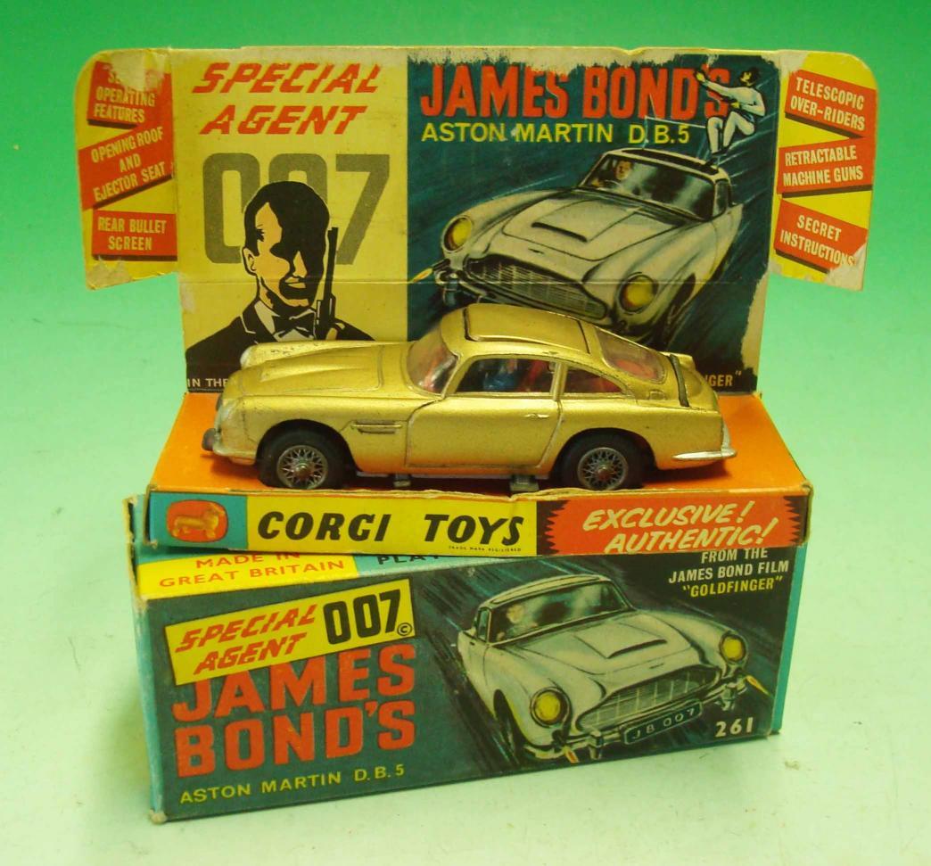Corgi Toys James Bond Aston Martin